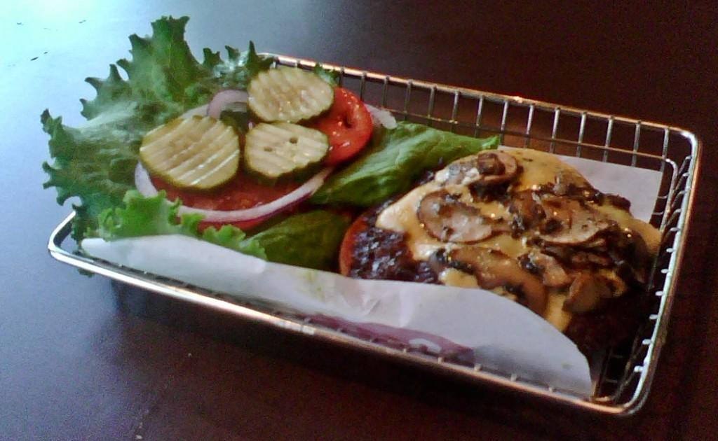 Frugal Foodie: A '1950's style' burger joint