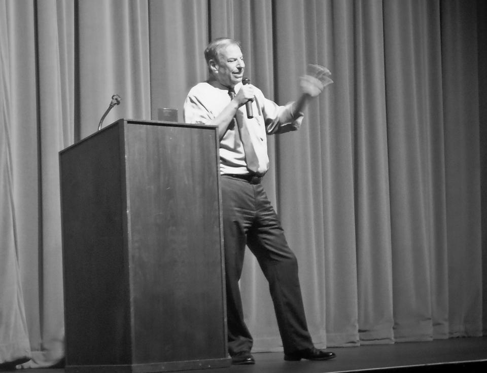 Congressman Bob Filner at the Saville Theatre Sept. 17, speaking about the Constitution and Civil Rights.