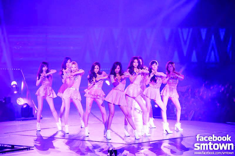 Girls Generation performing on their 2013 Girls and Peace Tour in Singapore. (Official Facebook photo)