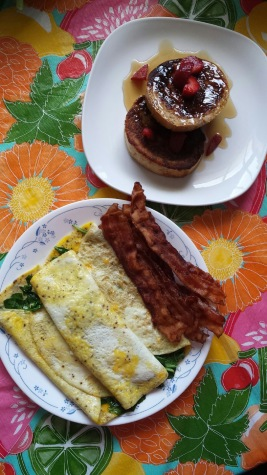 A breakfast of omelettes and French toast is a quick and easy way to get your morning off to a great start. Photo credit: Jennifer Manalili