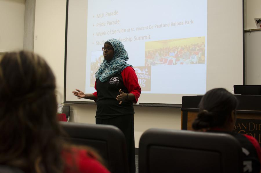 Hani Hussein, senate vice president, informs students about events that the Associated Students Government is involved with at a Nov. 20 forum in MS-140. Photo credit: Richard Lomibao