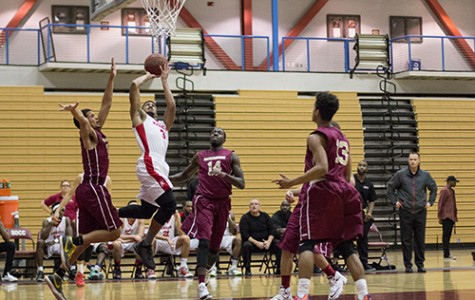 San DIego City College basketball team defeats Soutweestern Jaguars 93-68  wining its 5th  game streak  on Feb. 3 at San Diego City College West Gymnasium. Photo Credit:Celia Jimenez