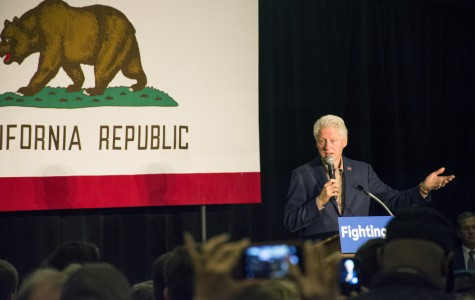 Bill Clinton speaks at the Balboa Park Club on May 4 in San Diego.  Photo credit: Bianca E. Quilantan