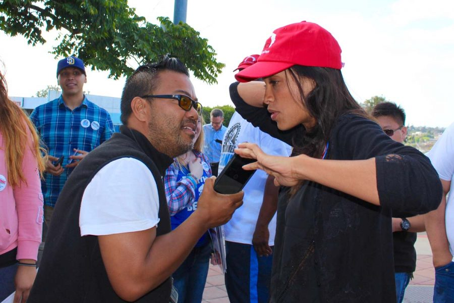 Mike Madriaga interviewing Rosario Dawson Photo Credit: The National Nurses United