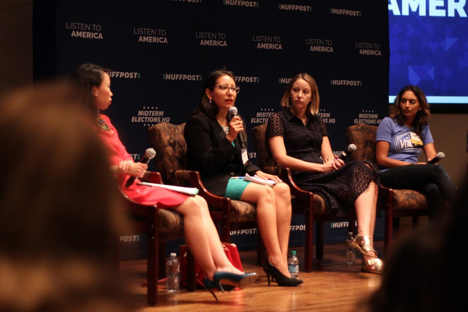 Huffington Post reporter Elise Foley, immigration attorney Dulce Garcia, UCSD professor Tom Wong and VOSD reporter Maya Srikrishnan discuss life of undocumented immigrants under today's Trump administration. By Nadia Mishkin.