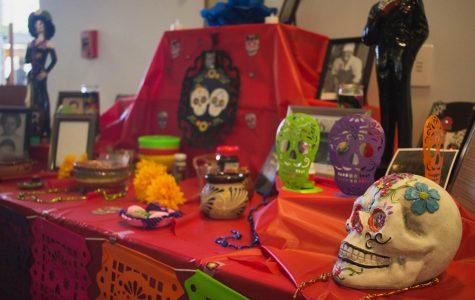 8 must-haves for your Dia de los Muertos altar