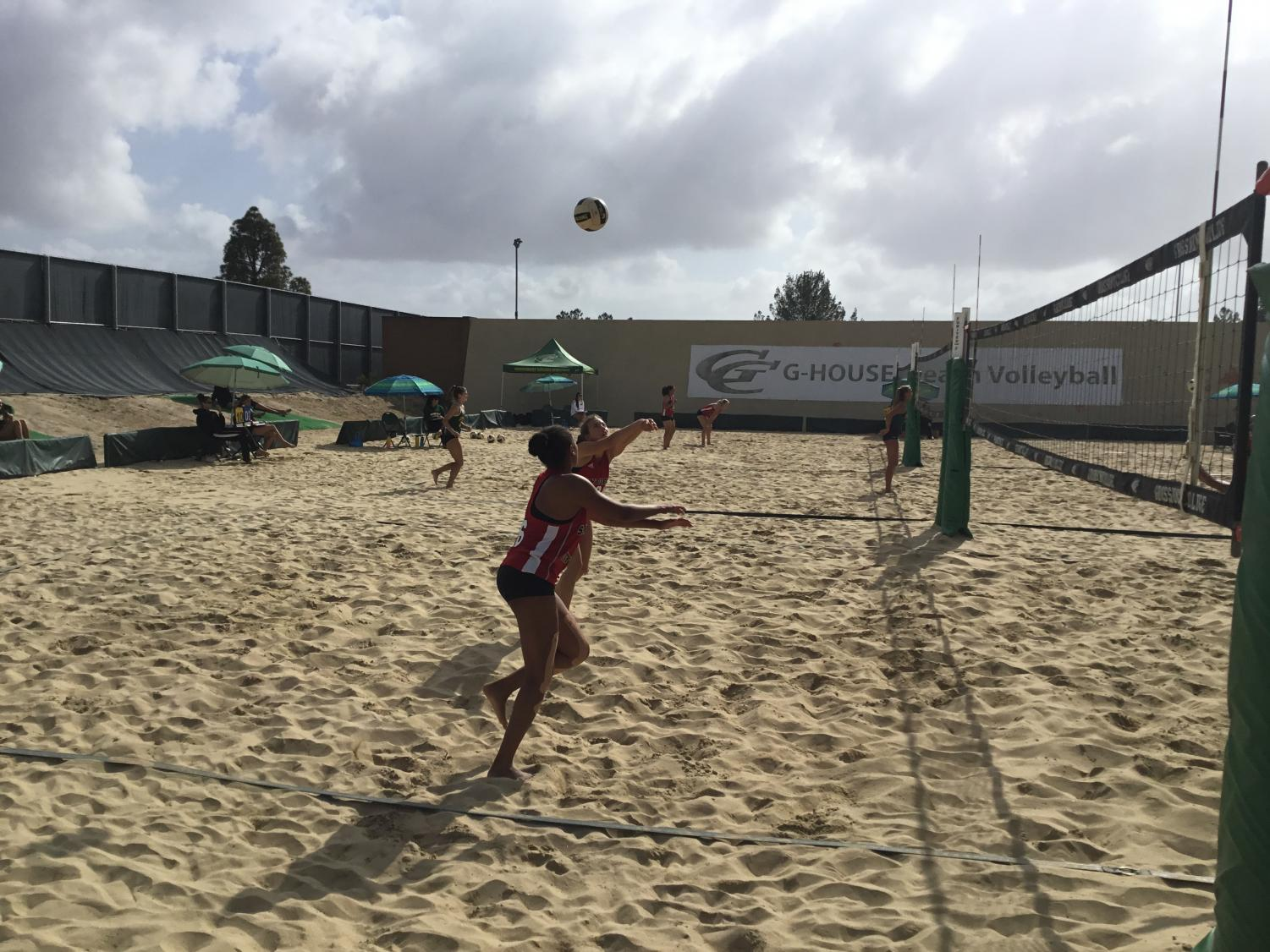 San Diego City College Beach Volleyball team played two matches at Grossmont on Friday. By Sonny Garibay