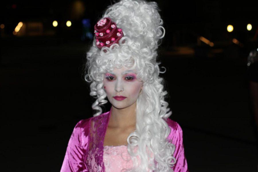 Rhiannon Brinkman made a beautiful model for Chenoa Scalora's decadent Madame Marie.