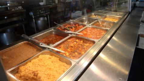 Rodeo's ahora ofrece otros platillos mexicanos detrás de un mostrador